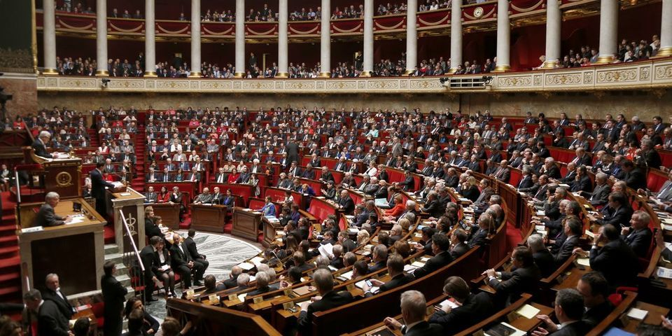 Le spectacle des questions au gouvernement du 18 novembre