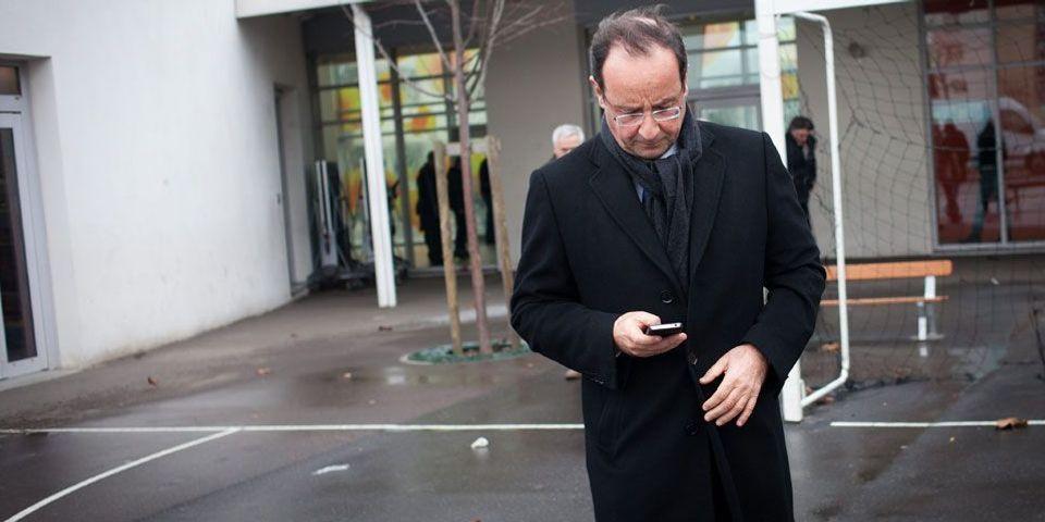 """Le téléphone de François Hollande, une """"armure pour éviter l'enfermement"""""""