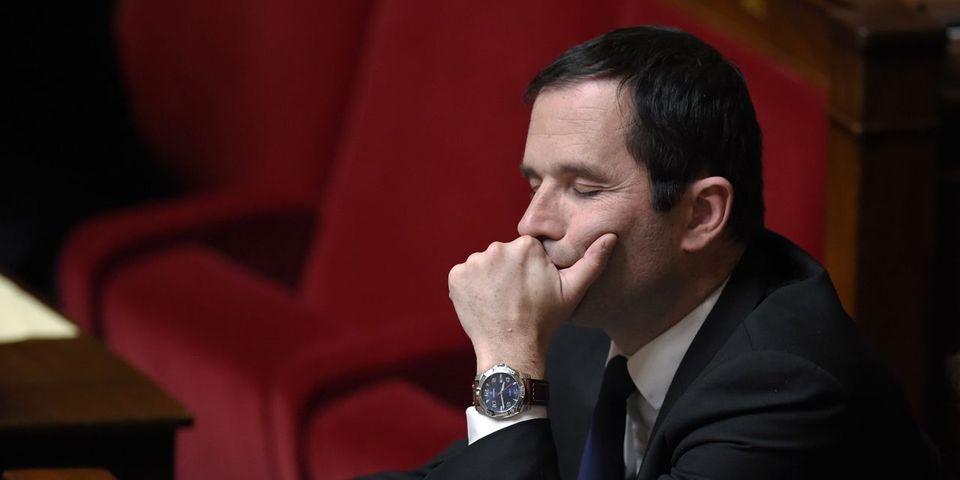"""Législatives : Hamon regrette que des dirigeants PS qui n'ont """"sans doute pas voté"""" pour lui enterrent son programme"""