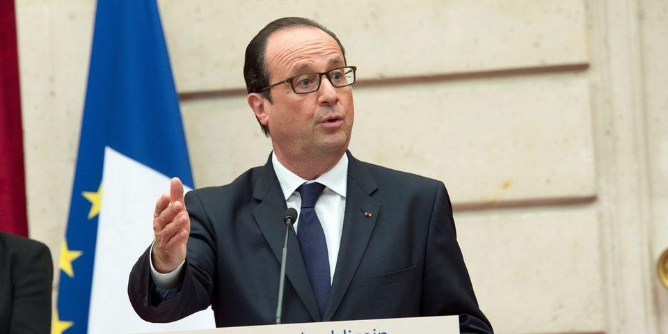 Les conseillers de François Hollande, Claude Sérillon et Emmanuel Macron, entre autres, quittent officiellement l'Elysée