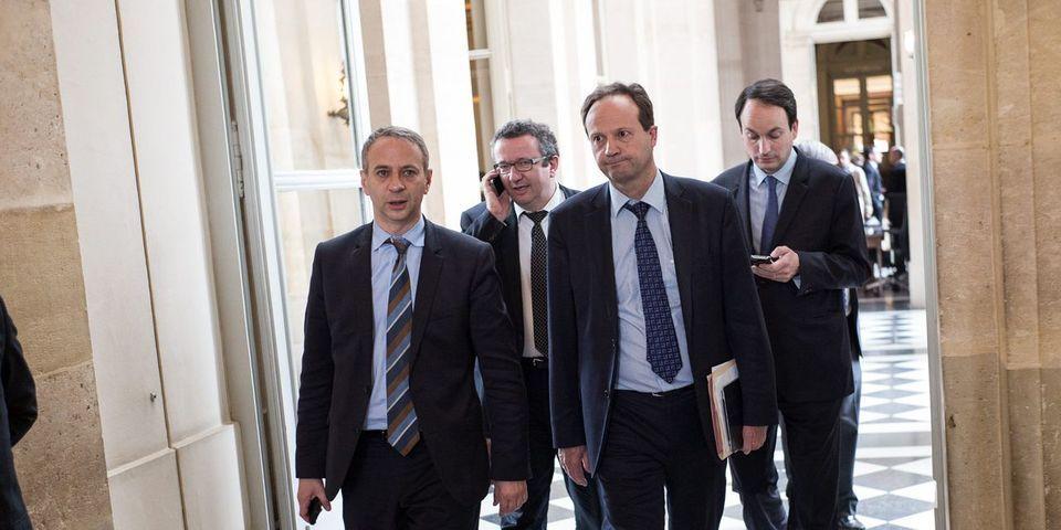 """Les députés socialistes """"frondeurs"""" """"vers une abstention collective"""" sur le vote de confiance"""