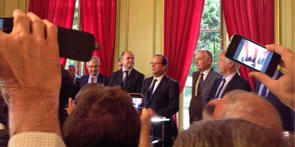 Les députés socialistes racontent la visite de Hollande à la maison de l'Amérique Latine