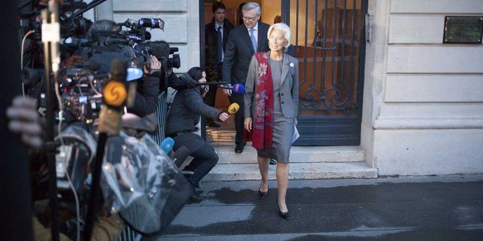 Les députés UMP tweetent leur soulagement que Lagarde échappe à une mise en examen