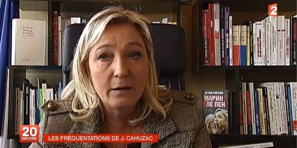 Les livres que Marine Le Pen exhibe