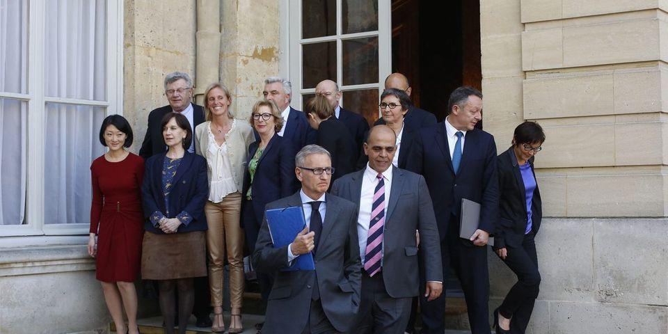 Les ministres et secrétaires d'État du gouvernement Valls privés de pont
