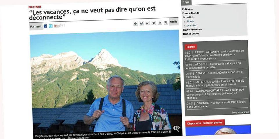 Les vacances polo et sac à dos de Jean-Marc Ayrault