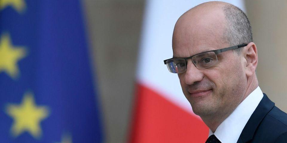 """L'exagération de Jean-Michel Blanquer sur les """"classes de latin stupidement supprimées"""""""