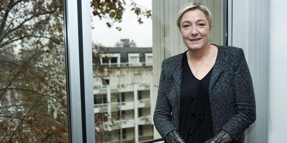 """Programmation militaire : Marine Le Pen juge """"extrêmement grave"""" l'article 13 qui prévoit un accès élargi aux données de communication"""