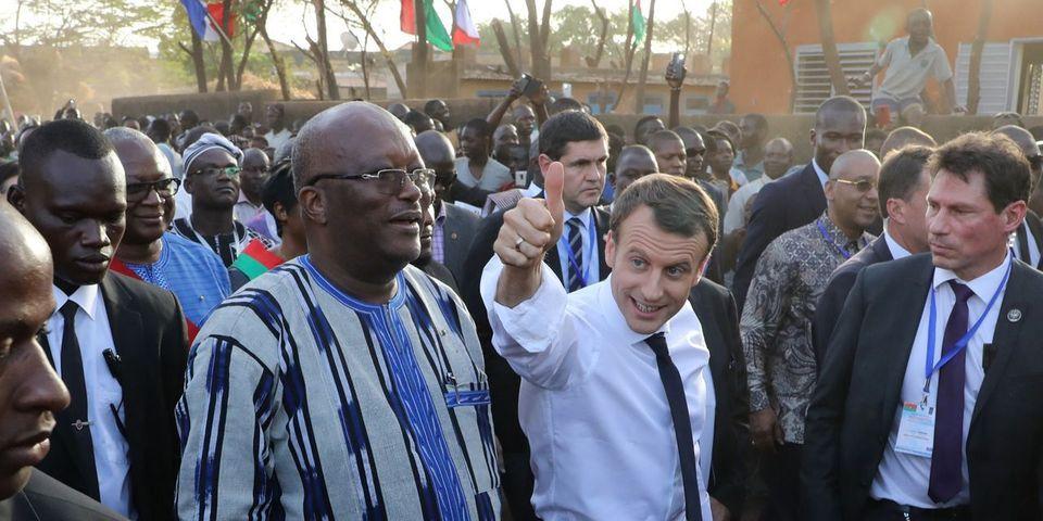 """Macron accusé de """"mépris"""" et d'""""incident diplomatique"""" pour ses propos envers le Président du Burkina Faso"""