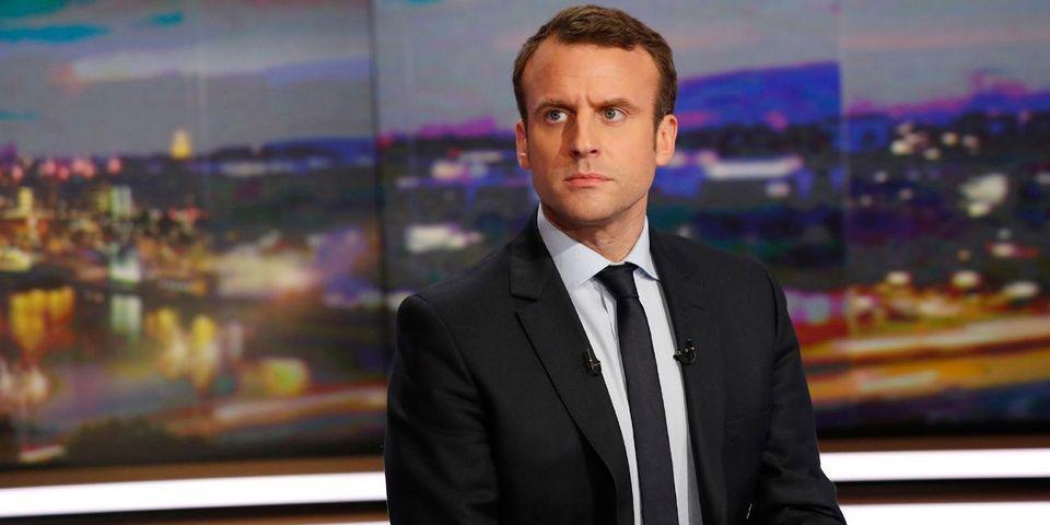"""Macron dénonce """"la fascination délétère"""" de Fillon, Le Pen et Mélenchon pour la Russie de Poutine"""