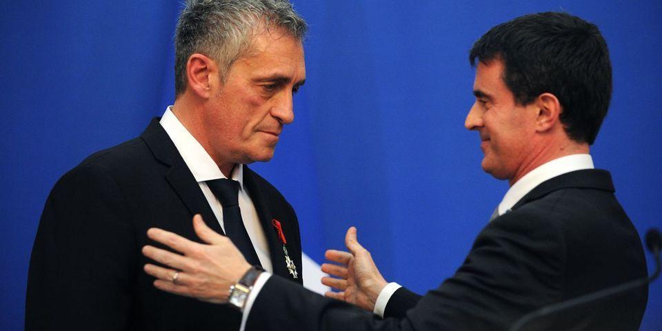 Manuel Valls a décoré Philippe Saurel, le maire socialiste dissident de Montpellier : une légion d'honneur qui passe mal