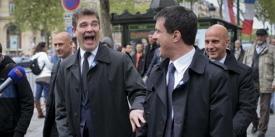 """Manuel Valls et Arnaud Montebourg, les ministres préférés des Françaises pour une """"aventure d'été"""""""