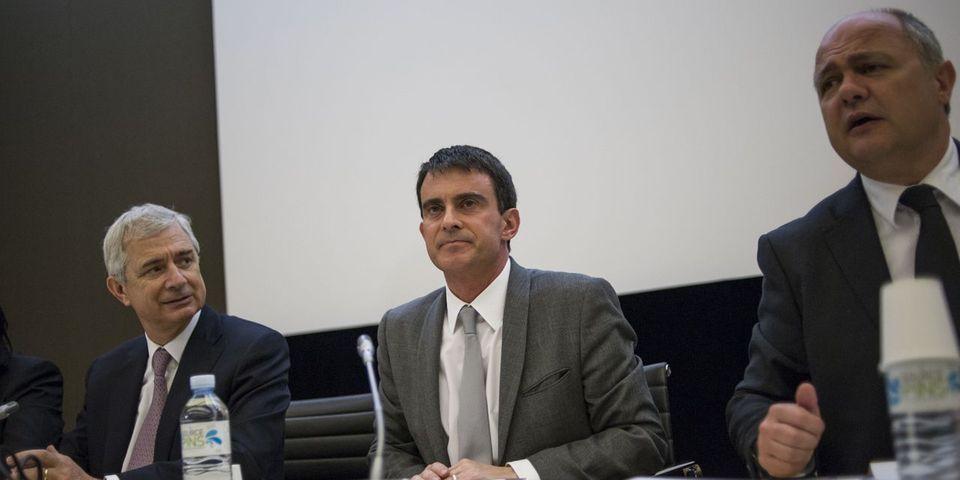 Manuel Valls, loi Macron et buffet à la questure au menu du séminaire de rentrée des députés socialistes