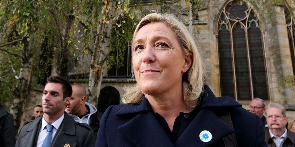 Marche républicaine : Marine Le Pen annonce la présence du Front national partout, sauf à Paris