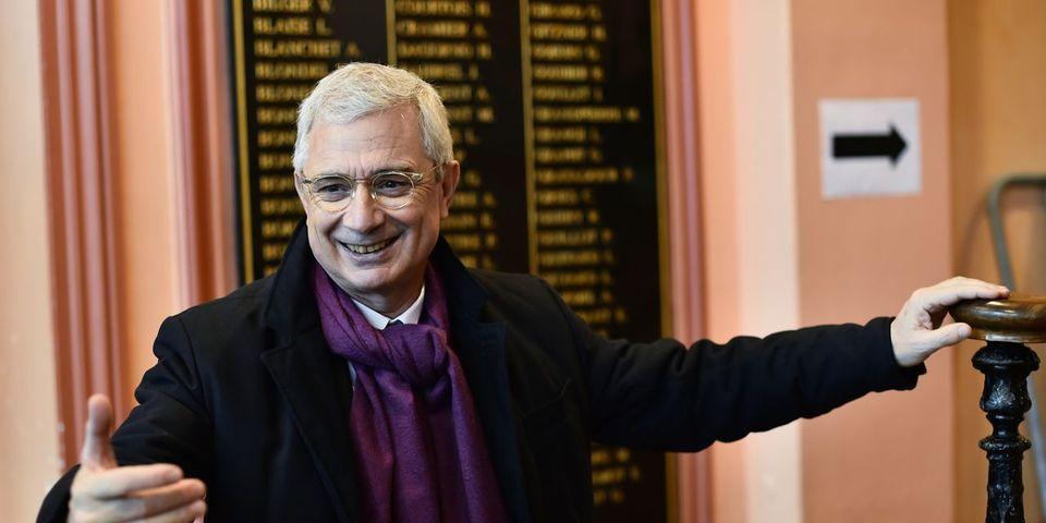 Marianne révèle que Claude Bartolone a augmenté son cabinet à l'Assemblée nationale de 240.000 euros