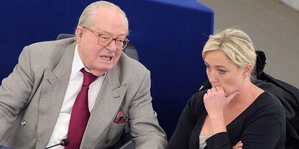 Marine Le Pen préfère payer une amende que de voir Jean-Marie Le Pen au bureau politique du FN