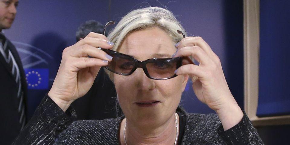 Marine Le Pen va demander l'avis des adhérents pour changer le nom du FN