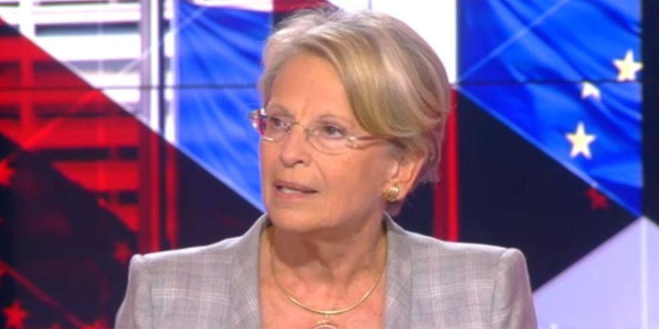 """Michèle Alliot-Marie ne """"condamne pas"""" le défilé d'élus en hommage au général de Gaulle"""