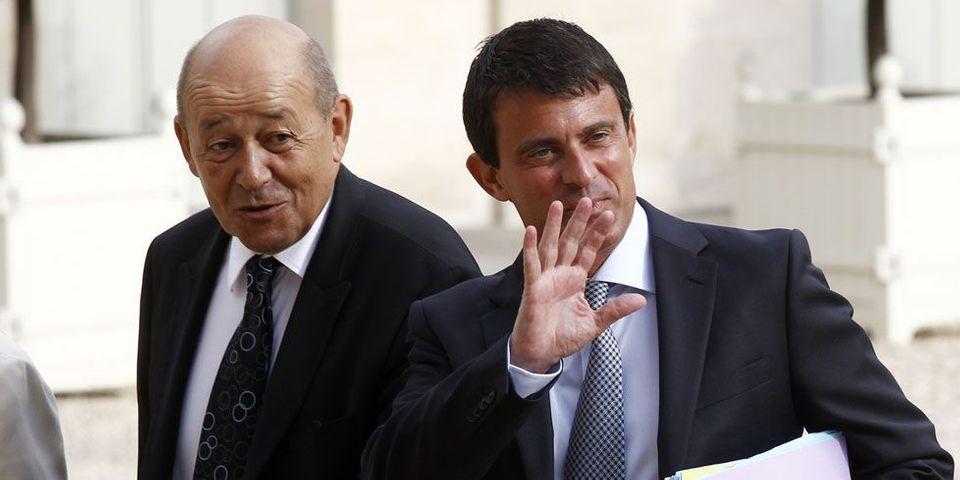 Ministre de l'année 2013 : le ministre de la Défense Jean-Yves Le Drian succède à Manuel Valls