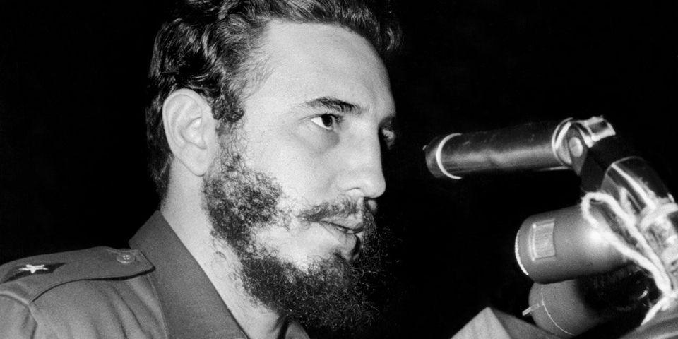 Mort de Fidel Castro : les réactions antagonistes de la classe politique française