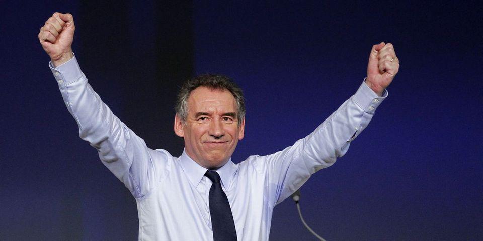 Municipales : François Bayrou se défend de tout cumul de mandat grâce à ses précédentes défaites