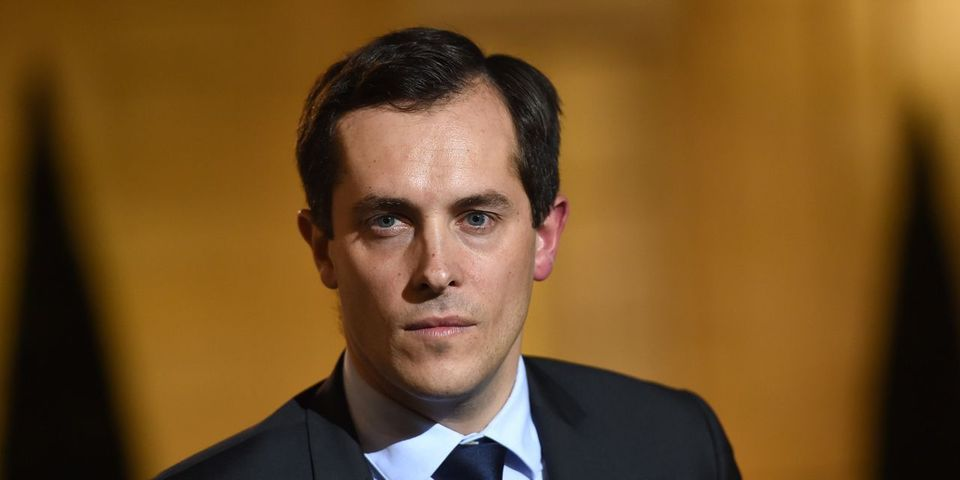 Nicolas Bay s'en prend à Manuel Valls après les menaces de Daech contre le FN