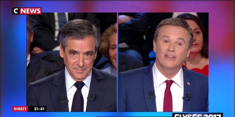Nicolas Dupont-Aignan essaye d'attaquer François Fillon et se prend deux grosses claques