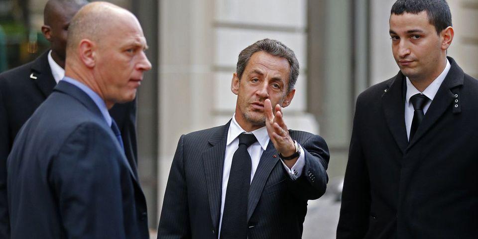 Nicolas Sarkozy enfermé dans un ascenseur puis libéré par les pompiers juste avant d'être présenté aux juges