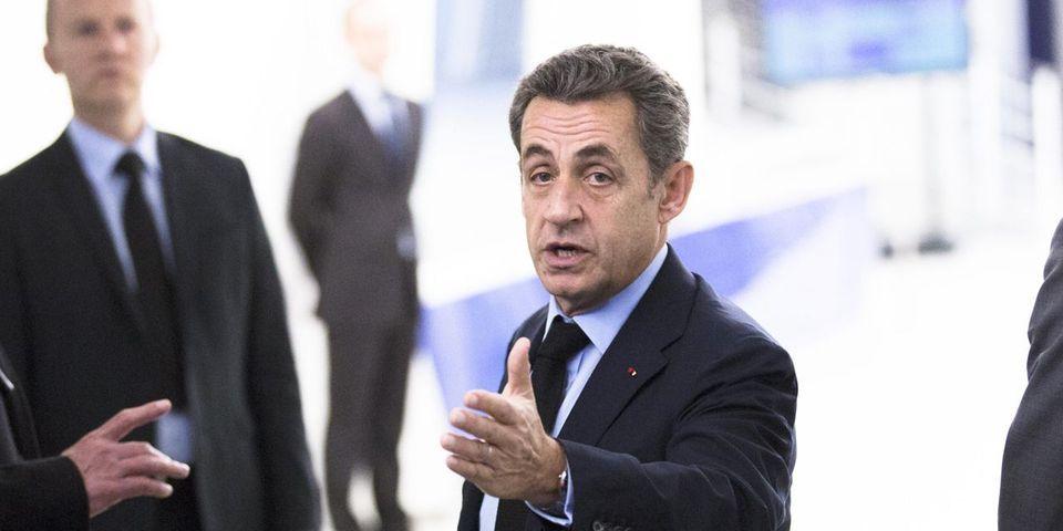 Nicolas Sarkozy veut sanctionner les secrétaires nationaux qui arrivent trop souvent en retard aux réunions de l'UMP