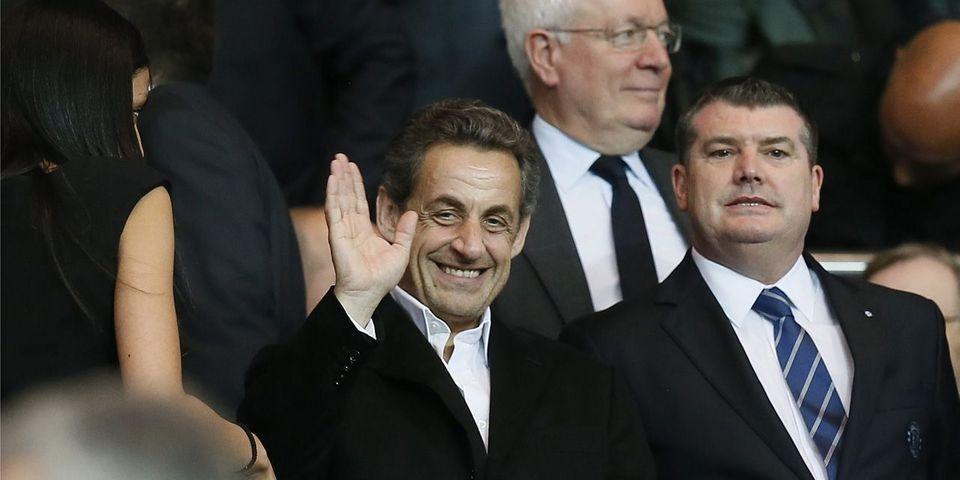 """Non, Nicolas Sarkozy n'a pas récolté deux millions de """"likes"""" sur Facebook"""