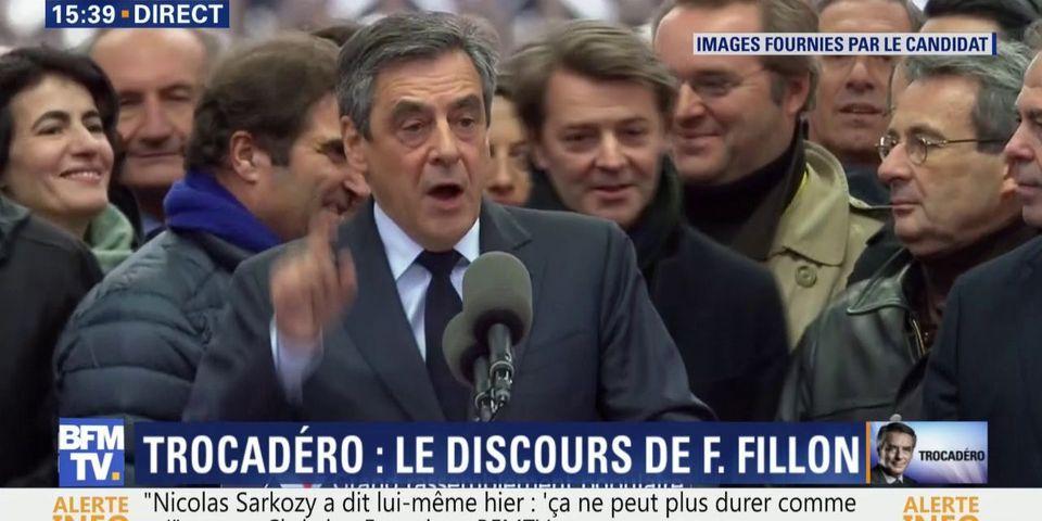 Nos 6 moments préférés du meeting de François Fillon au Trocadéro