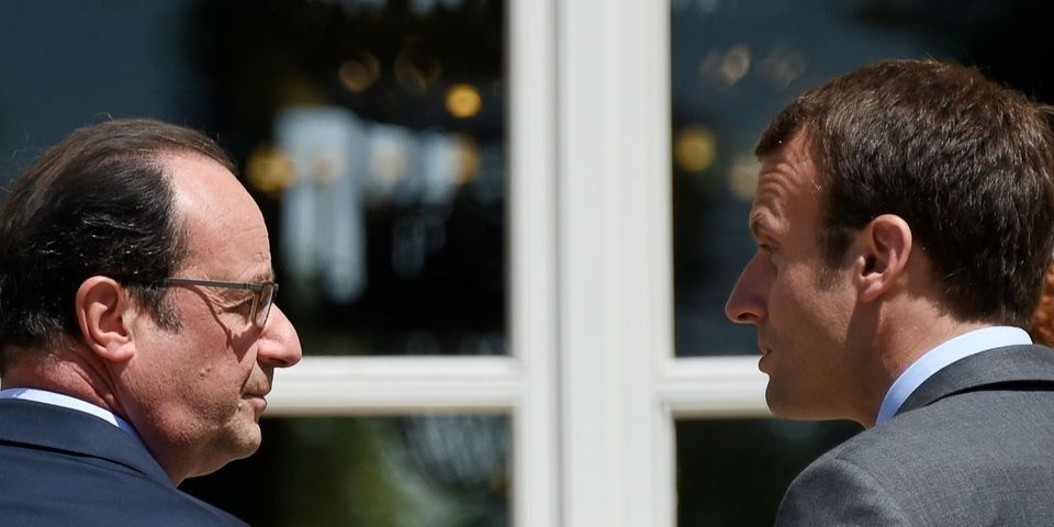 Où l'on apprend que François Hollande tente de conseiller Emmanuel Macron par SMS