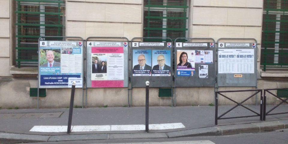 Oups, dans le 15e arrondissement, la mairie de Paris oublie de faire retirer les panneaux d'une dissidente UMP et du Front national
