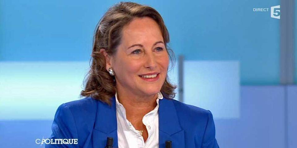 """Passation de pouvoir Sarkozy - Hollande :  Ségolène Royal reconnaît un """"petit problème d'information protocolaire"""""""