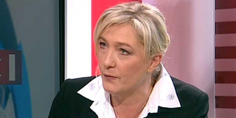 """Photographe AFP refoulé : Marine Le Pen refuse qu'on se """"fasse de l'argent"""" sur son image"""