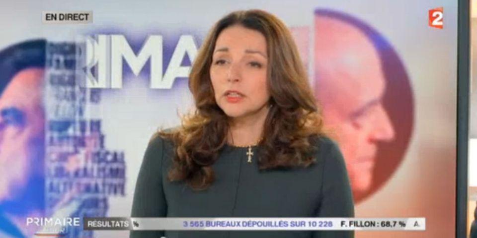 Polémique autour de la croix de Valérie Boyer, porte-parole de François Fillon, sur le plateau de France 2