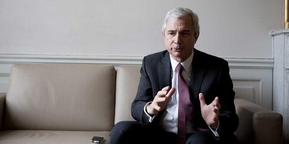 Pour Claude Bartolone, le retour à l'équilibre budgétaire n'est pas la priorité des priorités (x3)