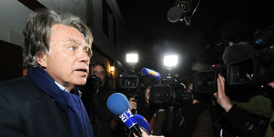 Pour Gilbert Collard, Jean-Marie Le Pen devrait se retirer de lui-même du FN