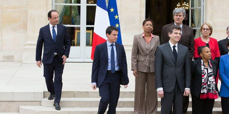 Pour lutter contre l'indiscipline gouvernementale, Manuel Valls pourrait mettre des cartons jaunes