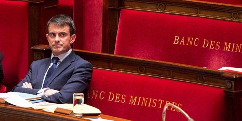 """Pour Manuel Valls, le vote du plan d'économies """"clôt"""" son installation à Matignon"""
