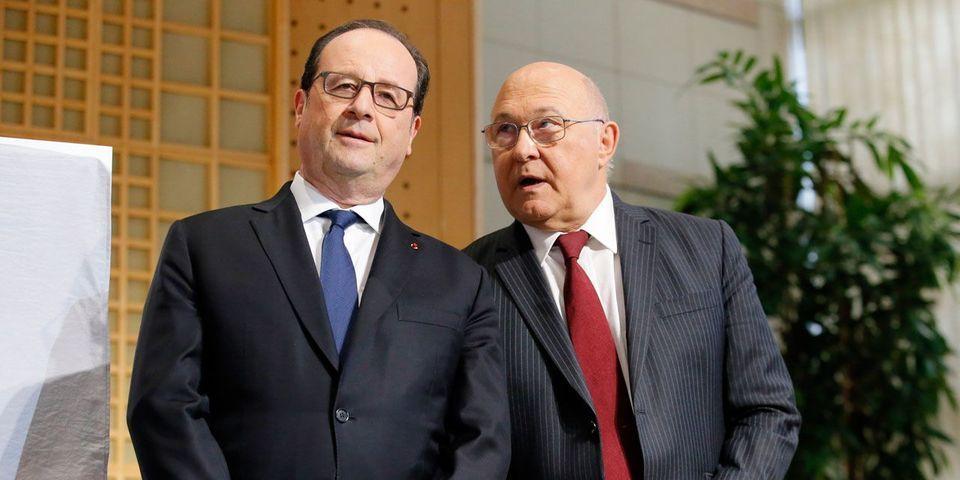 """Pour Michel Sapin, François Hollande est """"parfaitement légitime"""" pour critiquer la politique d'Emmanuel Macron"""