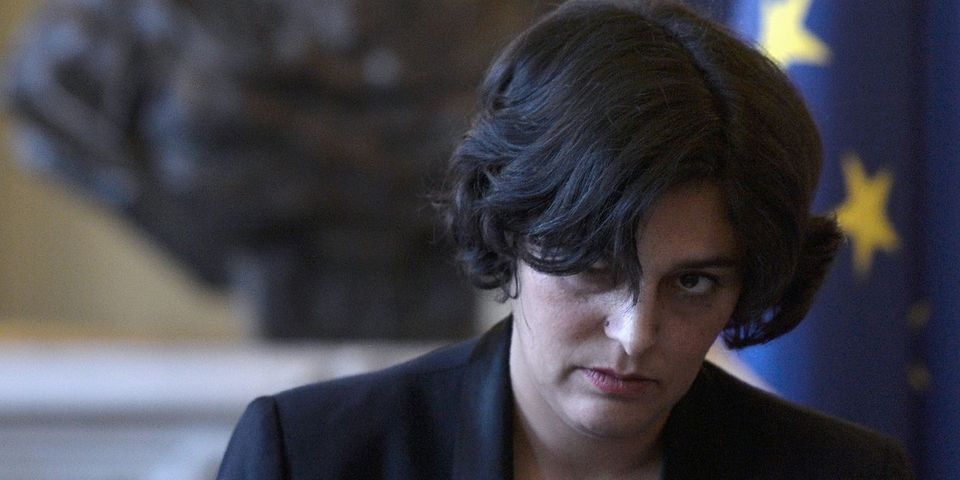 """Pour Myriam El Khomri, """"il n'y a que deux personnes qui ont vraiment défendu"""" la loi Travail (et ce ne sont pas Hollande et Valls)"""
