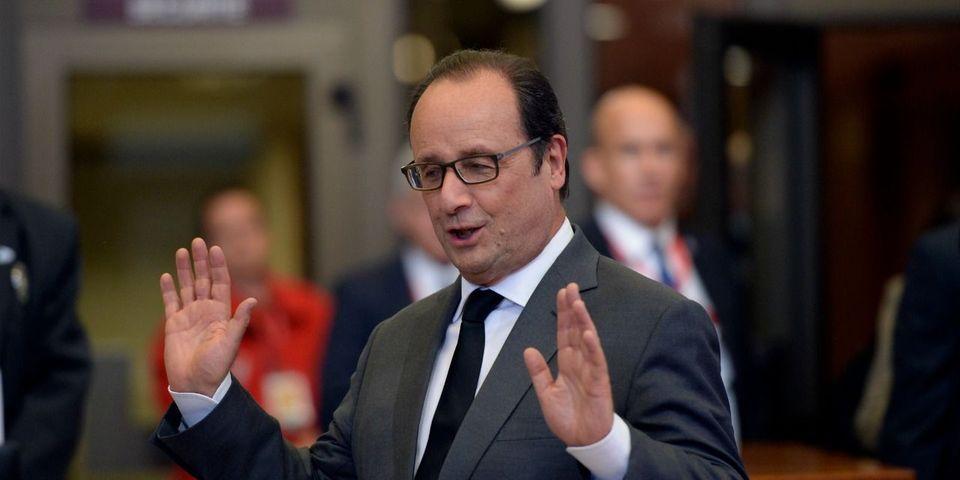 """Quand François Hollande prévient qu'il """"n'a pas annoncé son retrait de la vie politique"""""""