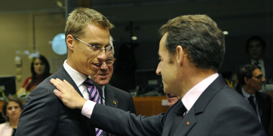 Quand l'ancien Premier ministre finlandais (de droite) recadre Nicolas Sarkozy