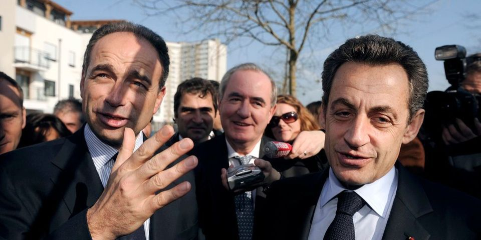 Quand Nicolas Sarkozy décore Lavrilleux et reçoit les copéistes
