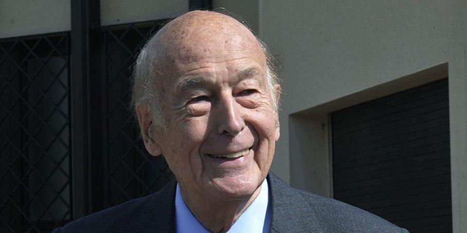 Quand Valéry Giscard d'Estaing envoie son courrier depuis Matignon