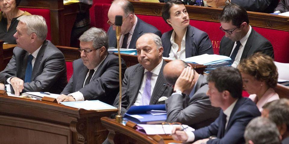 """Claude Bartolone envisage une réforme des """"questions écrites"""" face à la """"questionnite aigüe"""" des députés et aux faibles taux de réponses des ministères"""