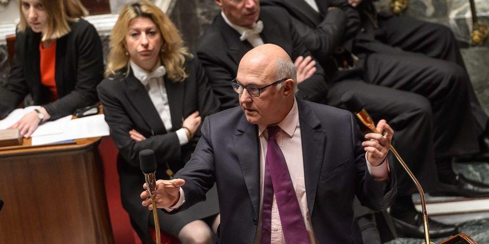 """Après le """"et du chômage"""" visant François Rebsamen, voici le """"et des impôts"""" contre Michel Sapin"""
