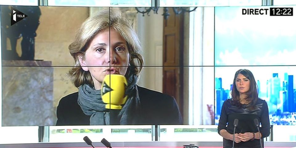 """Report des élections régionales : Valérie Pécresse compare François Hollande à """"un chef d'Etat de République bananière"""""""