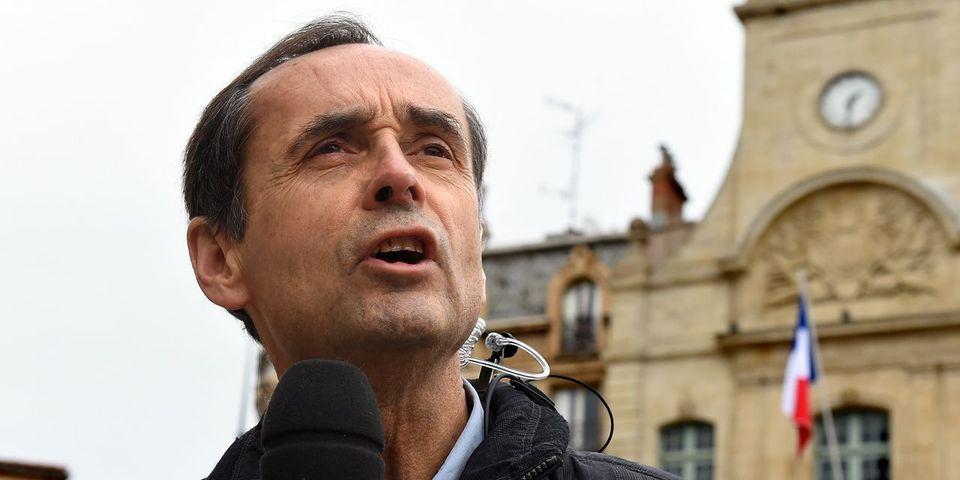 """Robert Ménard invite Donald Trump à Béziers, """"ville de résistance"""""""